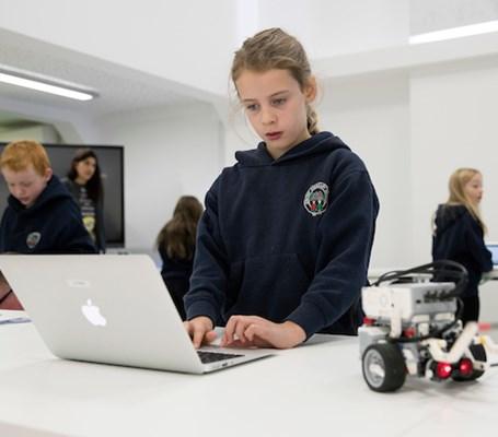 Getting creative with STEM careers | Skills Development Scotland